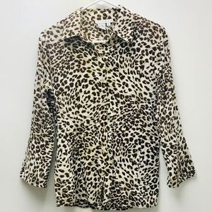 Ninety perfect condition leopard top. Size M
